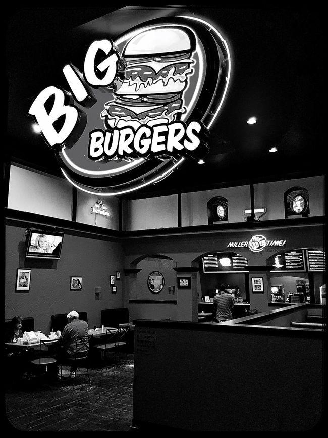Big Burger w/ a side of Black&White. Restaurant Eatery Burgers Blackandwhite