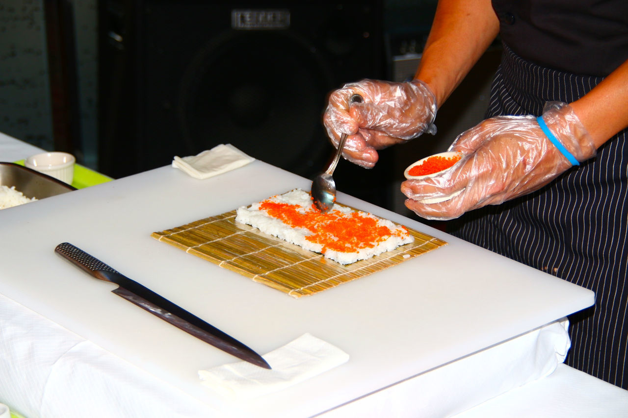 Sushi Make Sushi Hands At Work Food Fish Fisch