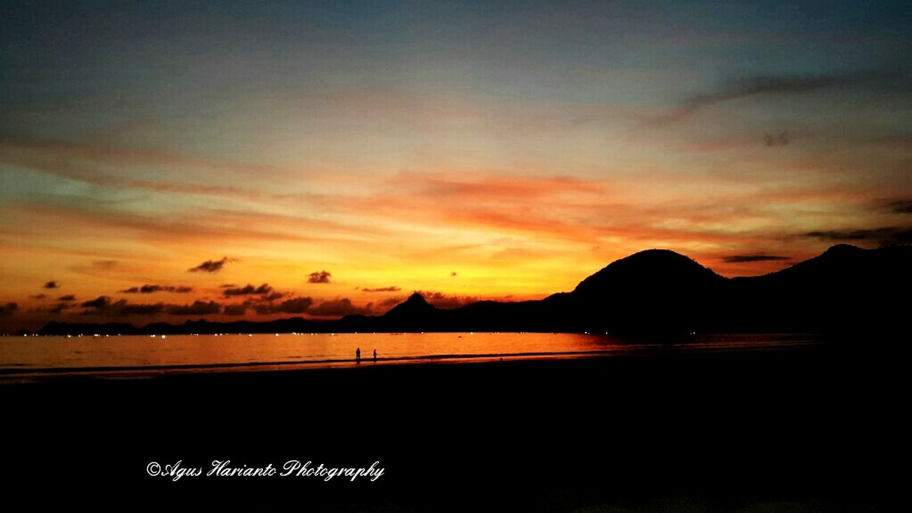 Chilled out for sunset. Photo by DR Enjoying The Sunset Swimming Sea Scubasurflombok Agus_harianto_photography Relaxing Enjoying The Sun Surflombok Lomboksurf Enjoying Life