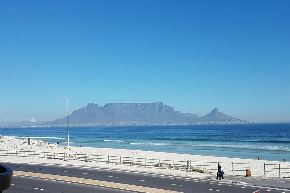 Art Is Everywhere Cape Town, South Africa From My Window South Africa 🇿🇦 Beauty Is Everywhere  Break The MouldCaptureTheMoment Exploring South Africa Beauty In Nature Cape Town Beauty God's Glory On Display  Opposing Corrupt Idiot Leaders