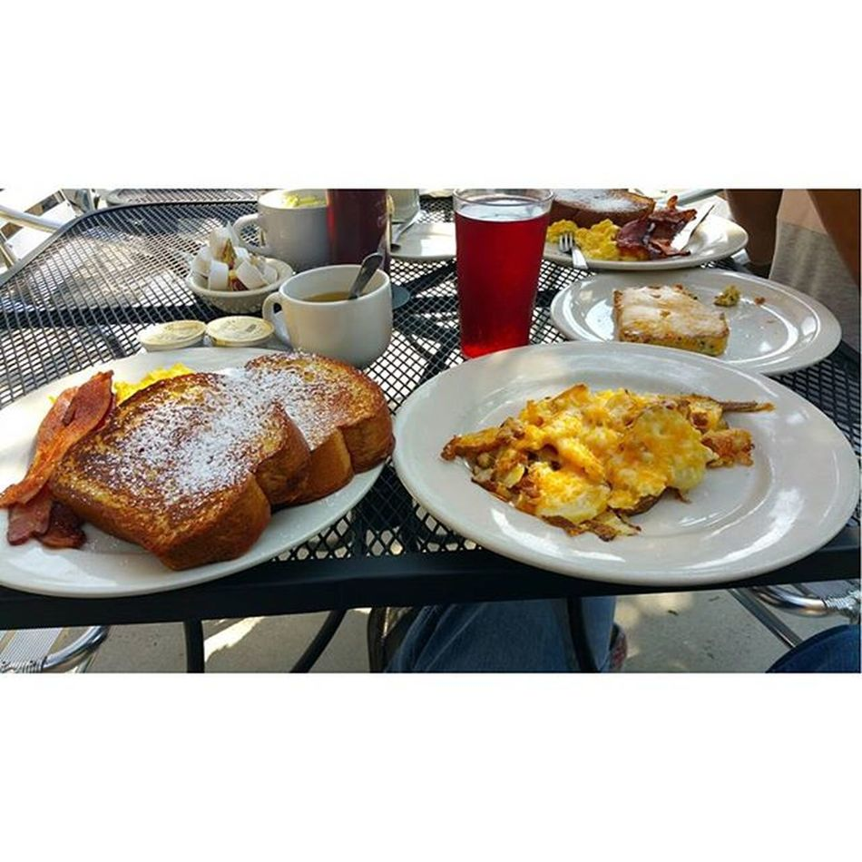 Breakfast Ineedavacation nothing fixes the mind like food @jazziechanel @sheekchic Randal Atlanta