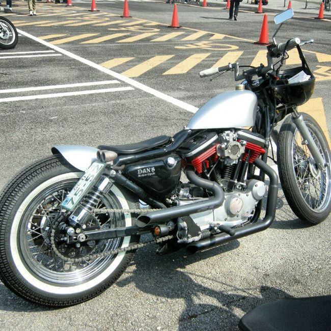 old photo joints custom show parking Harleydavidson Sportser Chopper Bobber