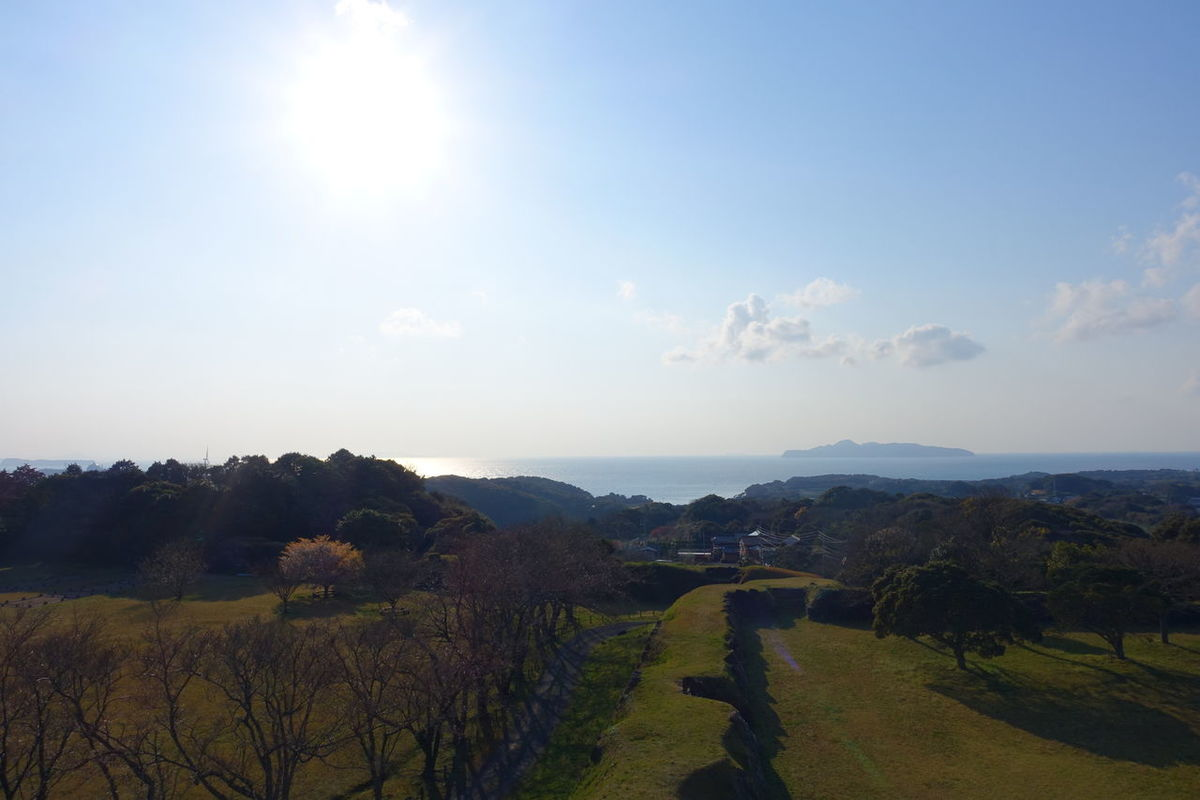 名護屋城跡地。大好きな所です。先に見える島は壱岐対馬とのことです。 Nature Outdoors No People Landscape Sky Beauty In Nature Day Scenics Agriculture Landscape_Collection 植物 Photography EyeEm Best Shots - Nature 自然 Sea Sea And Sky Saga,Japan Green Freshness Sunlight Blue Sky Taking Photos Tree