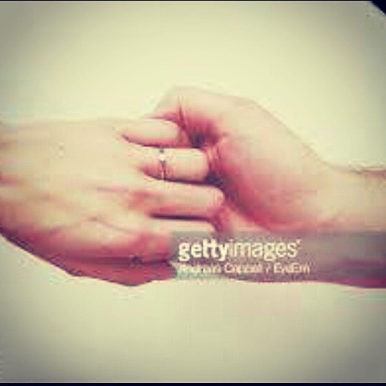 يد ايادي عناق عشق حب غرام شوق فراق حزن دموع طرابلس ليبيا Love Libya Hand Tripoli Libya