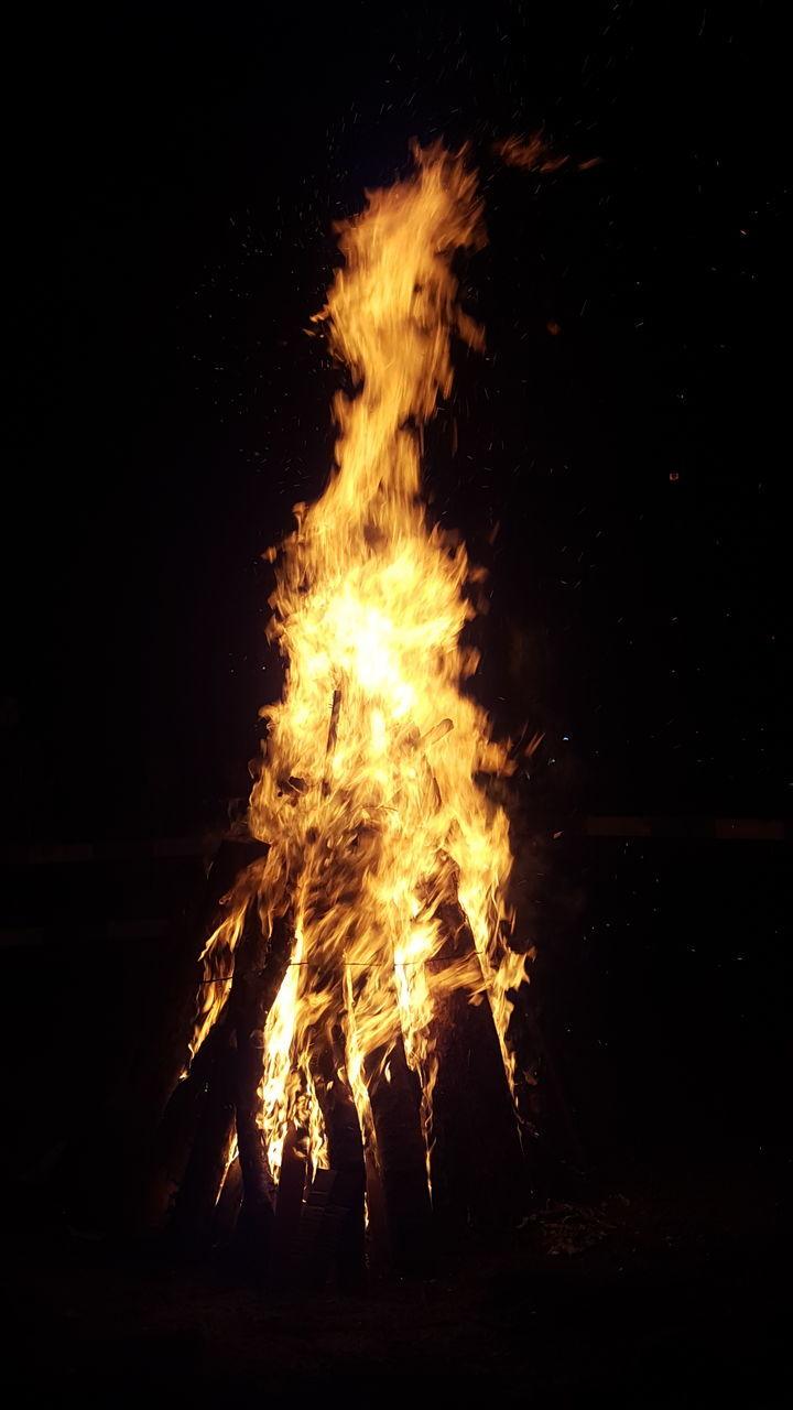 burning, flame, heat - temperature, night, bonfire, campfire, no people, outdoors, close-up, nature, sky