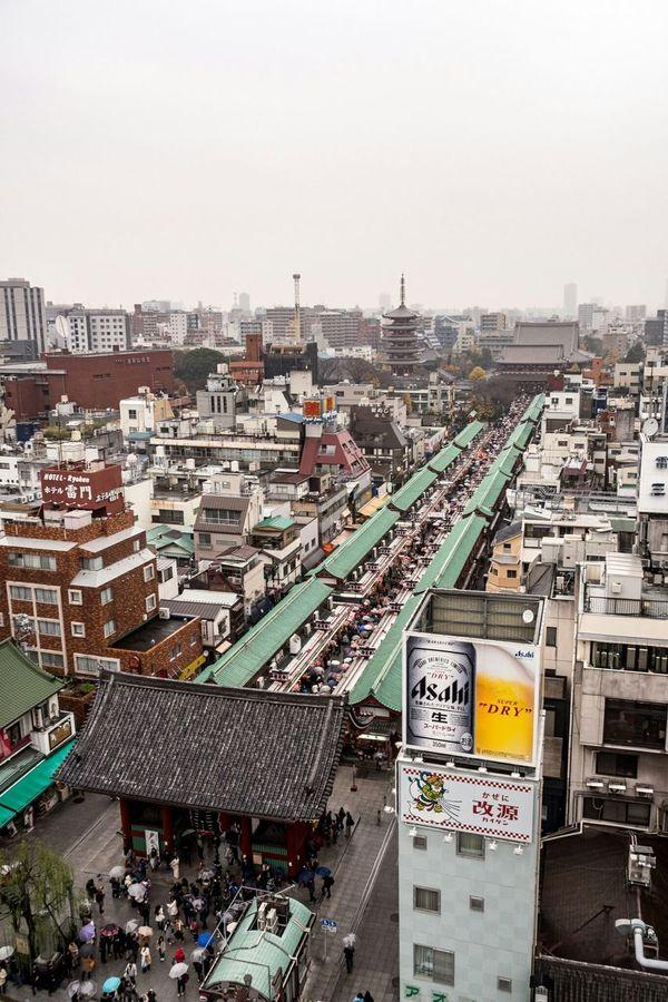 仲見世通り / Nakamise-dori Street / 昨日は小雨の降る中、友達と浅草に行ってきたよ Streetphotography Street Street Photography Temple Olympus Olympus Om-d E-m10 Photo Walk Asakusa 浅草