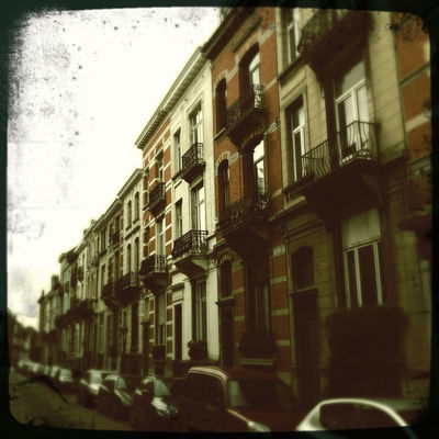 Architecture in Ixelles by Hipsta.Shake.Façades