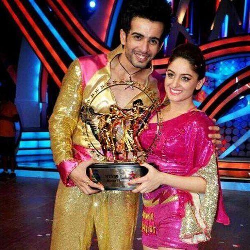 JayMahi won NachBaliye5 on Starplus . NachFinale ....