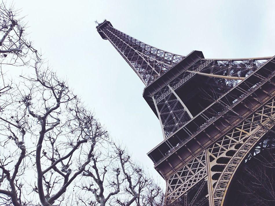 Paris💕It's time for another adventure//. Amazing Architecture Urban Geometry Architecture Cityscapes Landmark Seeing The Sights Pastel Power Eiffel Tower Tower City World Trees Europe Dark Peaceful Cool Building Art Fashion Love Geometry Shape Minimal My Favorite Place Battle Of The Cities
