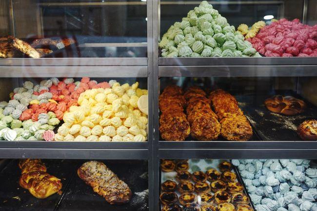 Sweets Bakery Shop Window Window Shopping Symmetrical