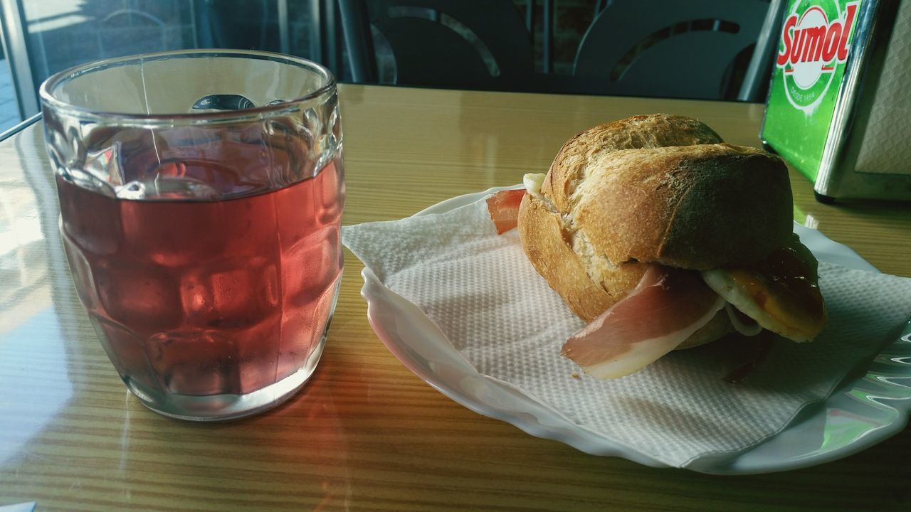 food and drink, table, bread, food, indoors, refreshment, drinking glass, freshness, plate, drink, ready-to-eat, serving size, indulgence, close-up, slice, day, no people, healthy eating