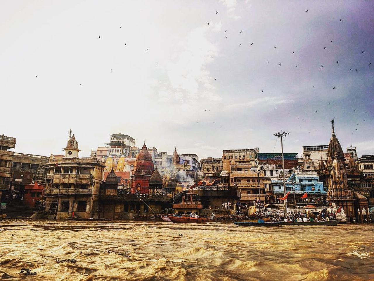 City Sky No People Outdoors Day Cityscape Architecture Varanasi, India Ganges, Indian Lifestyle And Culture, Bathing In The Ganges, Varanasi Varanasi India India Indian Culture  Indian Ganges River Ganges Gange River Riverside Riverside Photography Miles Away