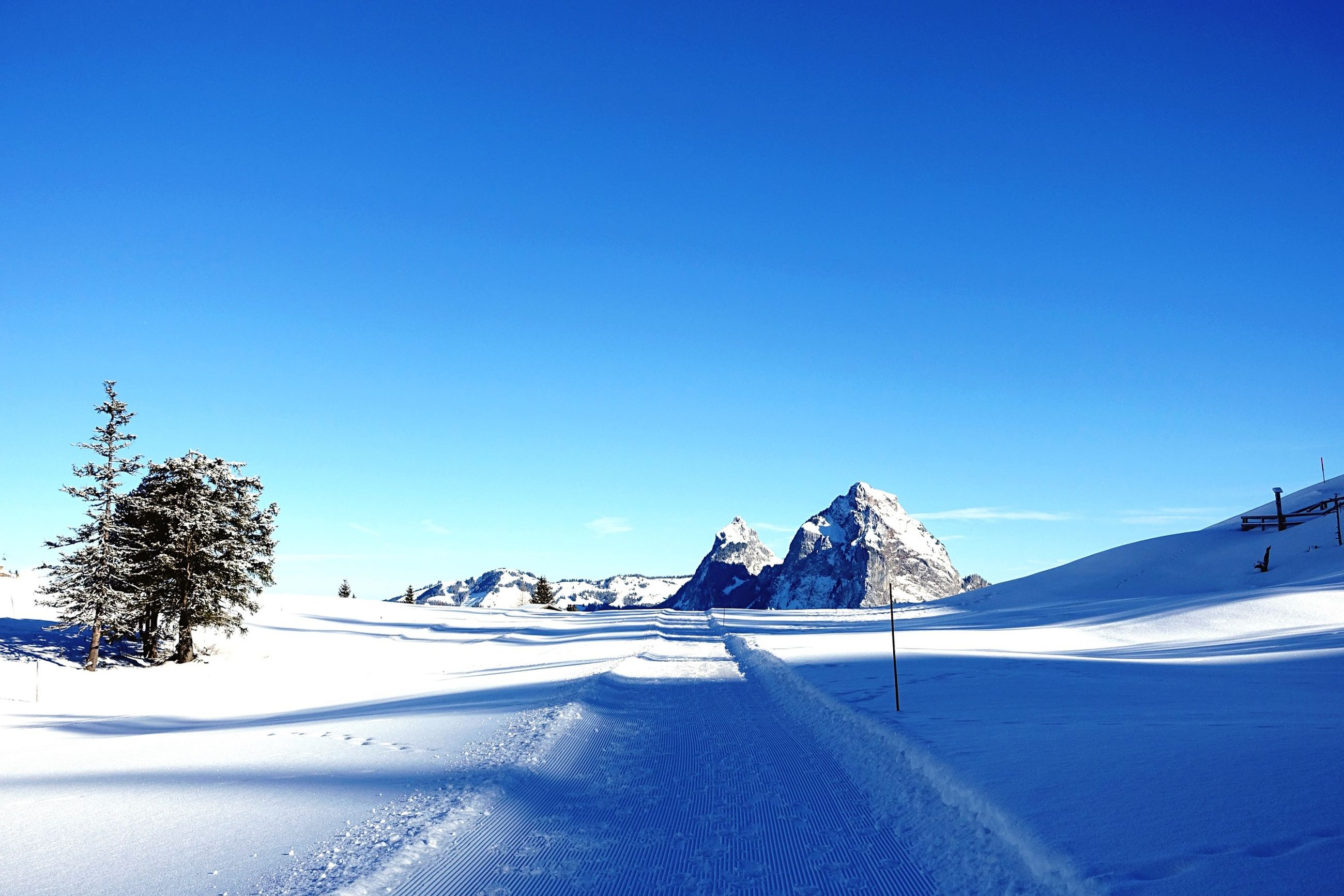 snow, winter, cold temperature, season, clear sky, blue, copy space, tranquil scene, landscape, tranquility, mountain, covering, weather, scenics, beauty in nature, nature, snowcapped mountain, white color, snow covered, frozen