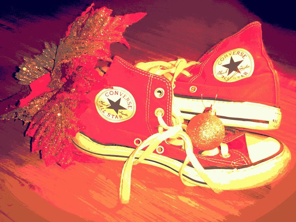 Merry Christmas Christmastime Converse Close-up No People Clock Indoors  Day Clothes Converse All Star Converses Christmas Is Coming