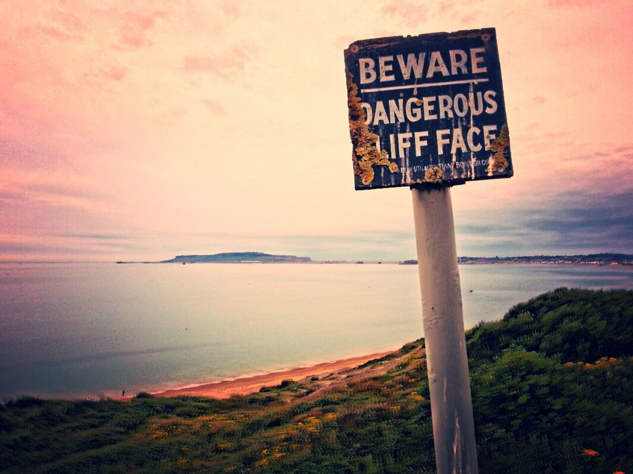 Weymouth Cliff Top Landscape_photography Landscape Seascape Seascape Photography Weymouth Dorset Signs Artistic Warning Sign Viewpoint Sea View Coastline Coast Uk Coastal Photography Uk Coastline No People Taking Photos Eye Em Photo