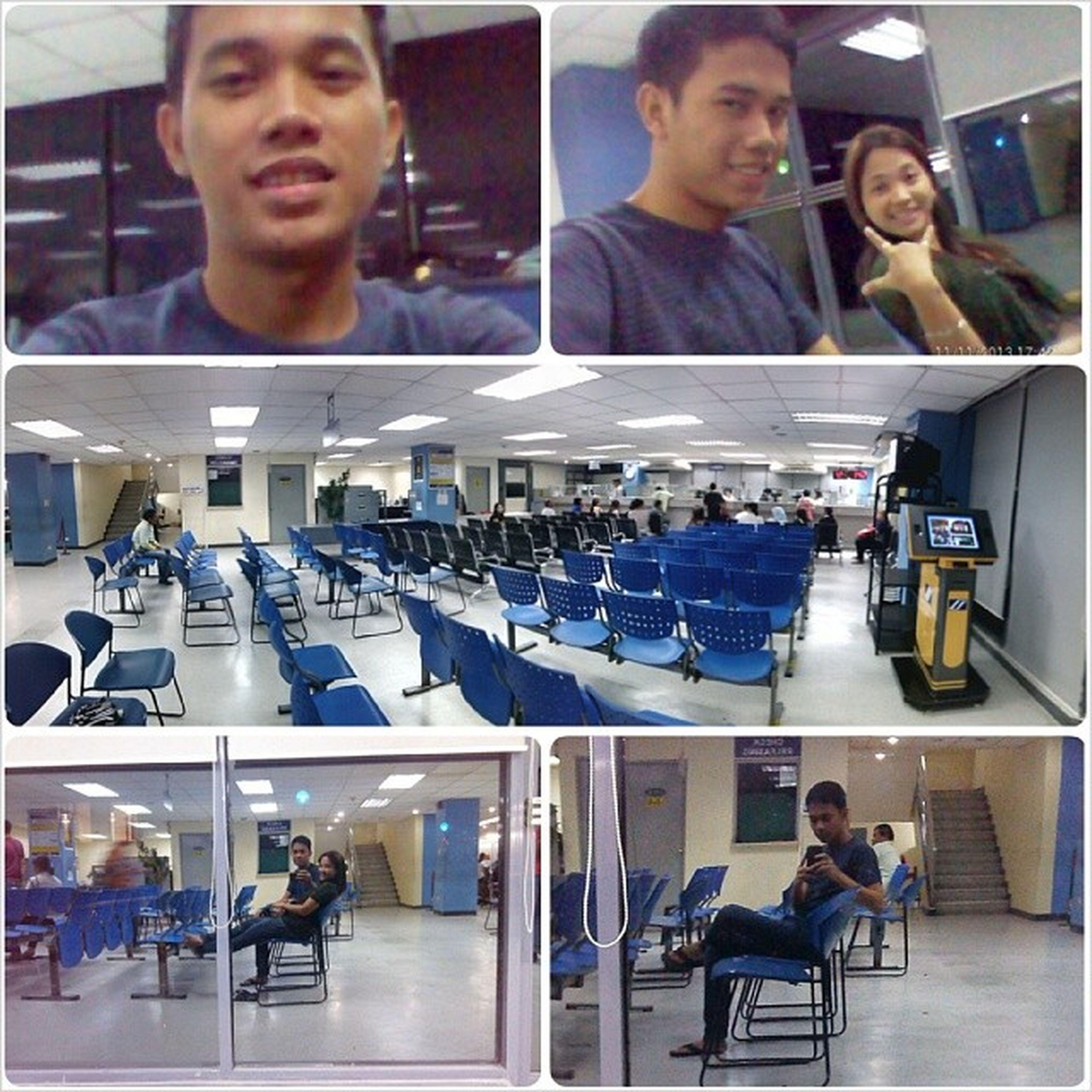 while waiting picture2 sa with my sista habang nagabayad akong mama'g SSS 111113