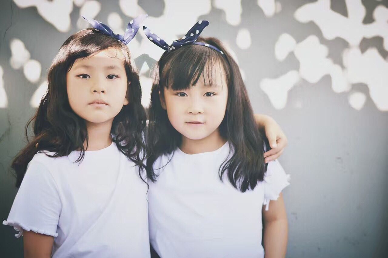 Child Children Only Childhood Portrait Girls Two People Friendship Looking At Camera People Real People Indoors  Cheerful Day Live For The Story