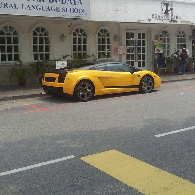 Spot this beauty while walkong to work. Yellow Speed Speedmonster Lamborghini