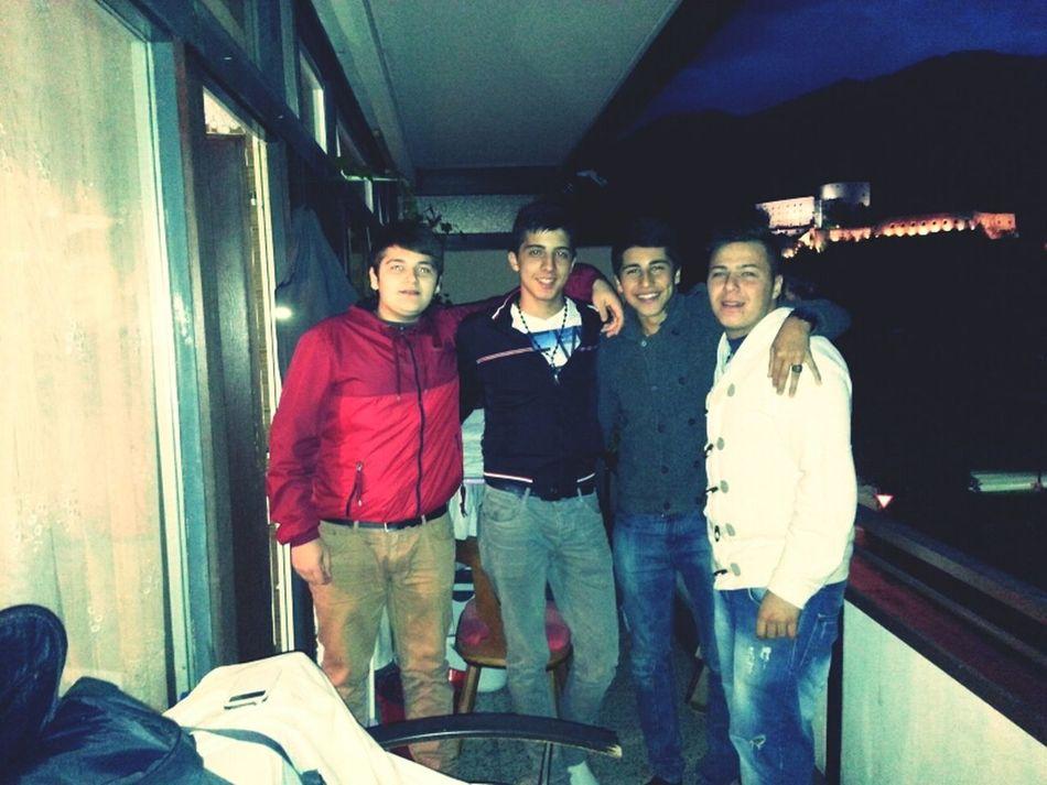 Brother's In Da Hood