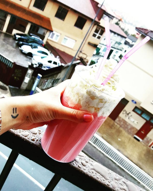 Yummy Food Strawberry Pinneapple Smoothie Rainy Day Smile Mywindow Springtime Summersoon Love Milk Pink Color Drinking Lifestyles