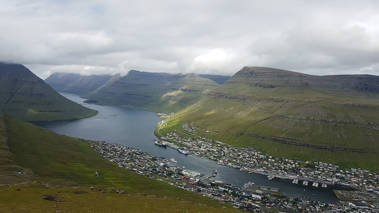 Klaksvik Faroe Islands Mountain View Hiking Green Nature Nature Photography Showcase July First Eyeem Photo Samsung Galaxy S7 Adventure Club