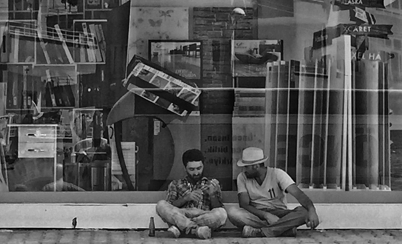 Showing Imperfection Human Black And White Blackandwhite Showing Impercetion Street People EyeEm Gallery Eyeem Market Iphoneonly Mersin Turkey