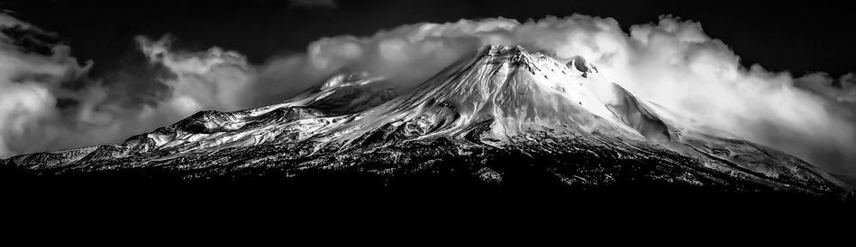 Mountain Cloud - Sky Dramatic Sky Storm Cloud Mountain Peak Landscape Lake Shastina C.a Blackandwhite Photography Diamond Mafia Photography Northern California Mount Shasta Mountains Lenticular Cloud Outdoors Sky Mysterious Mount Shasta, California