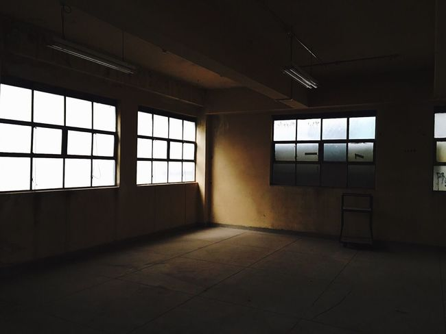Check This Out Long Time Ago LongTime  Things I Like Getting In Touch LongTimeAgo  Open House Walking Around Day Trip Relaxing Interior Design Taking Photos Empty Room Empty Space