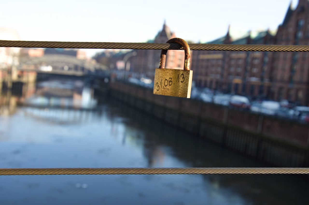 Forever Locked Love Lock Bridge Golden Golden Lock Water Focus On Foreground Architecture Built Structure Railing River Padlock Metal Bridge - Man Made Structure Close-up Outdoors Building Exterior No People Sky Day Elbe Speicherstadt Hamburg Hamburg Harbour