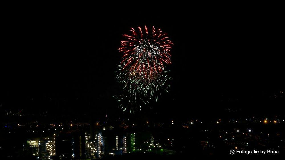Long Exposure Fireworks Crangerkirmes Halde Hoheward