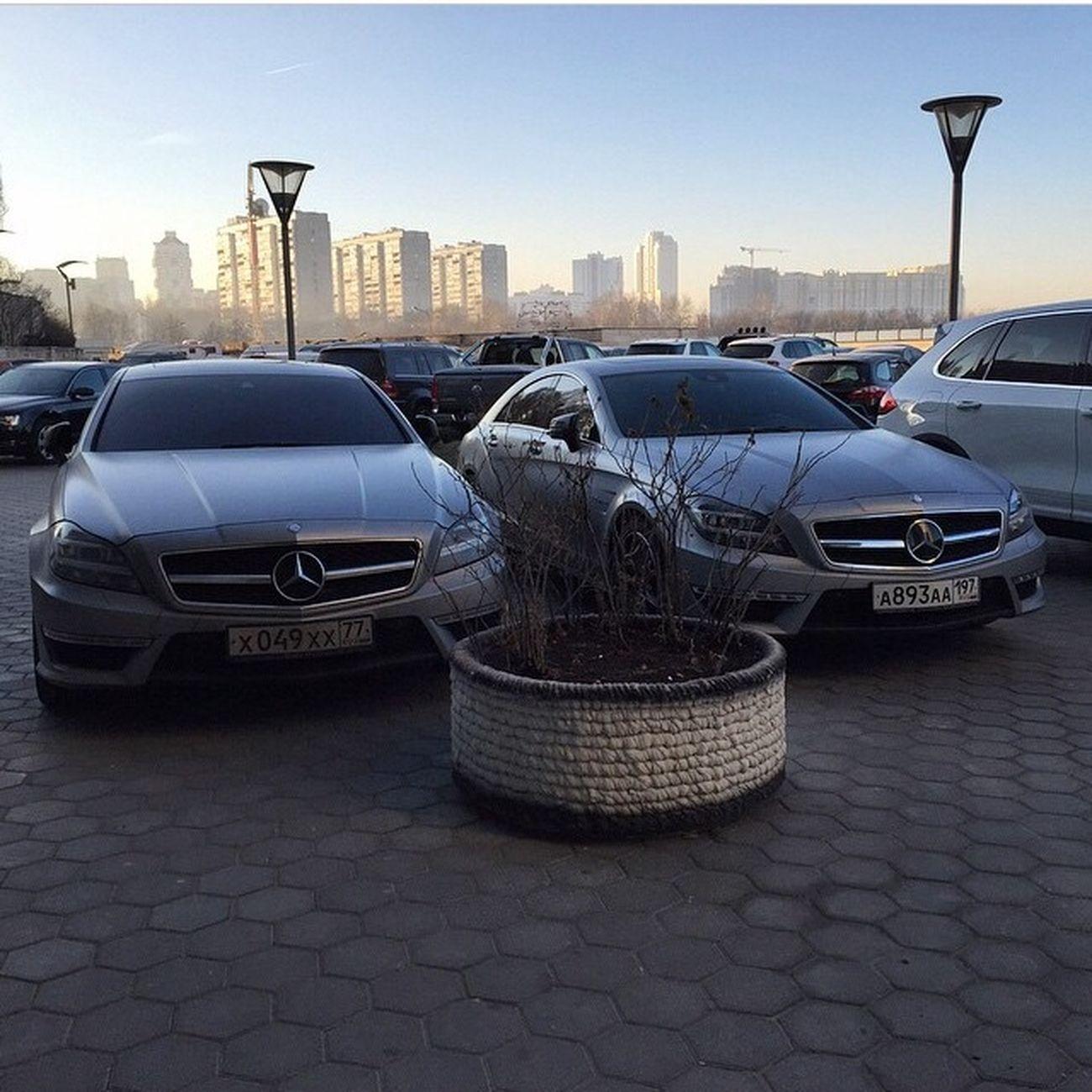 Wheels #колеса #Smotra #Смотра #Москва #Россия #Moscow #Russia #vsco #vscocam #vscocars #cars #car #girl #girls #drive2 драйв2 Magicalgarage AMG Mercedes Car Cars Dubai London Moscow Moscow City Smotra