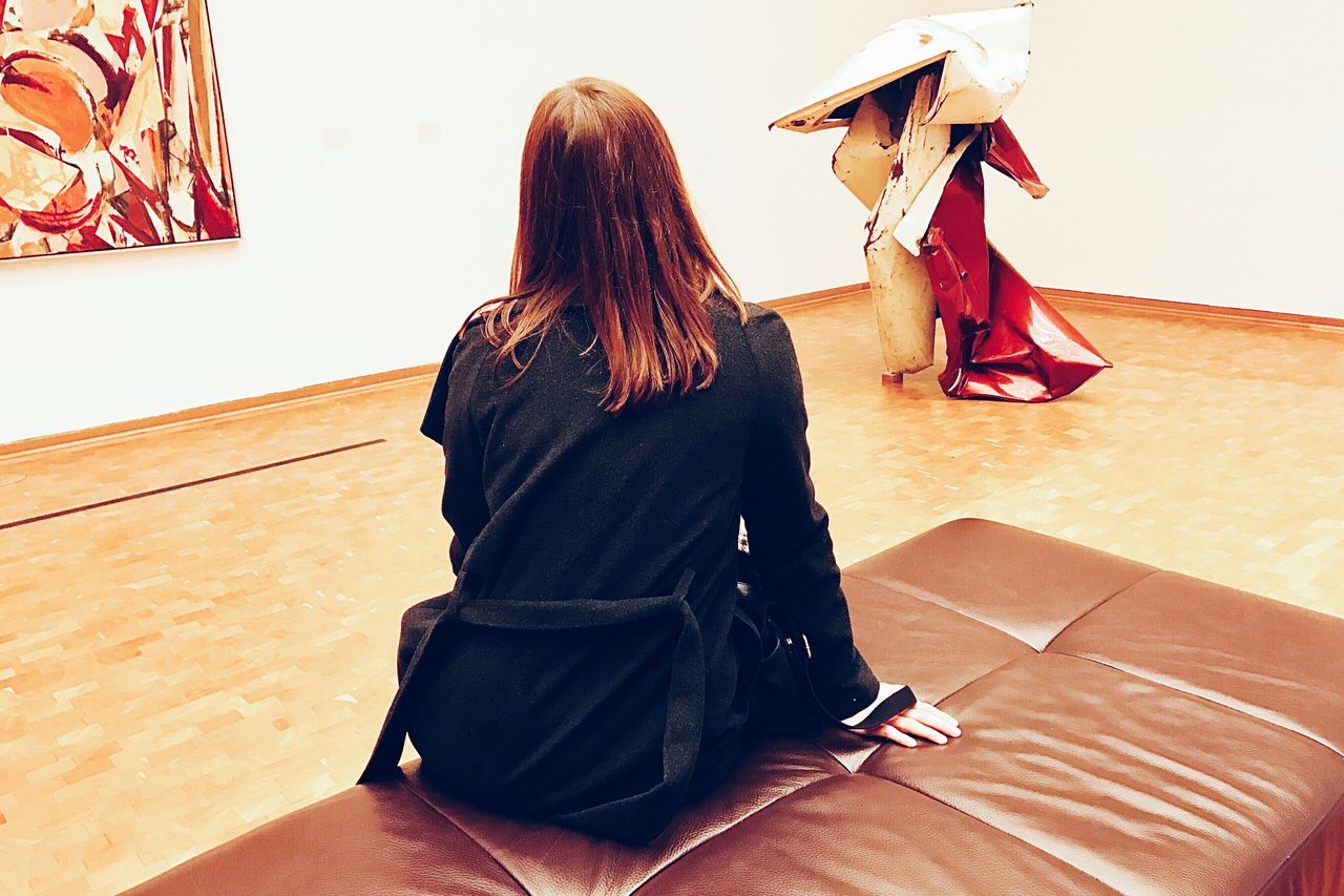 Women Around The World watching Art Lifestyles Real People Woman Leisure Activity Indoors  Art Gallery Arts Culture And Entertainment Enjoying The View People Photography Hanging Out Vscocam