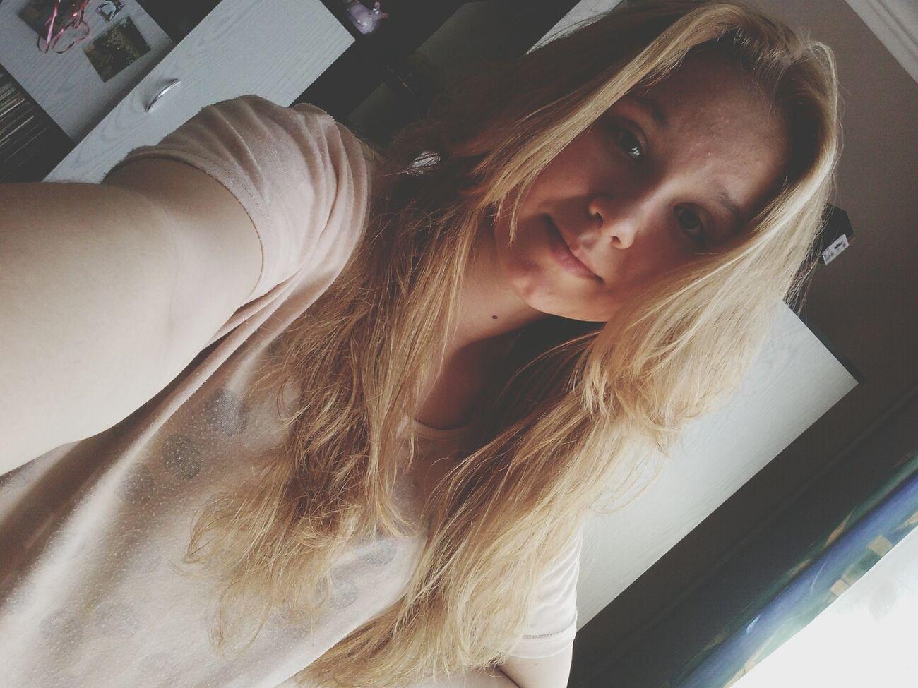 Selfie ✌ Witaj Blondyneczko . (: Znow Blond