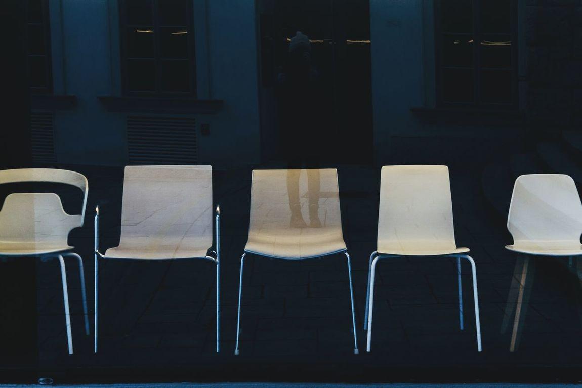 Chairs Shop Window Reflection Shopwindow Reflection Design Chair Design Selfreflection Vienna Storefront Shop Front Showcase Showwindow
