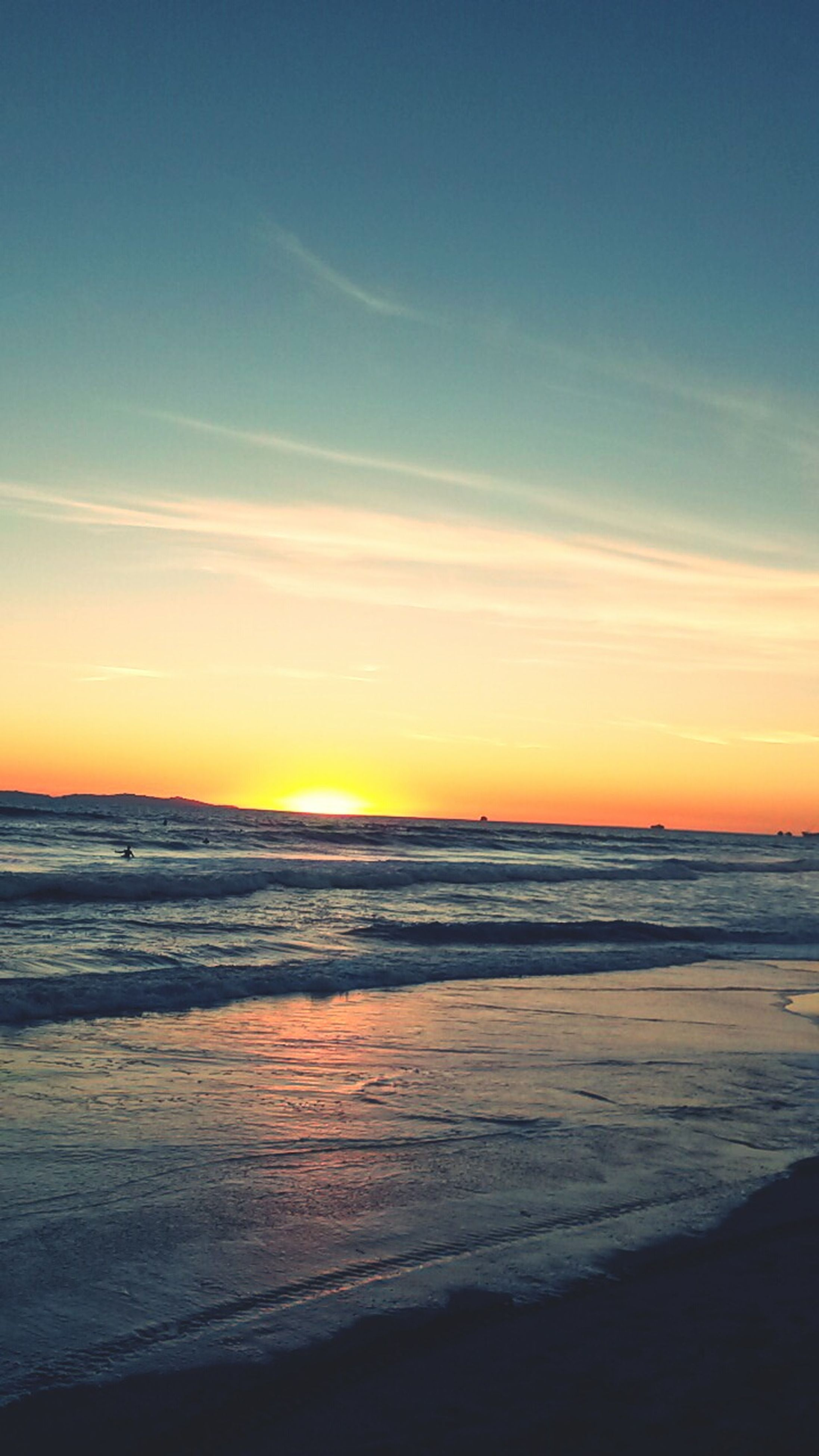 beach, sea, sunset, horizon over water, scenics, water, shore, tranquil scene, sky, beauty in nature, tranquility, sand, nature, idyllic, orange color, wave, cloud - sky, outdoors, surf, remote