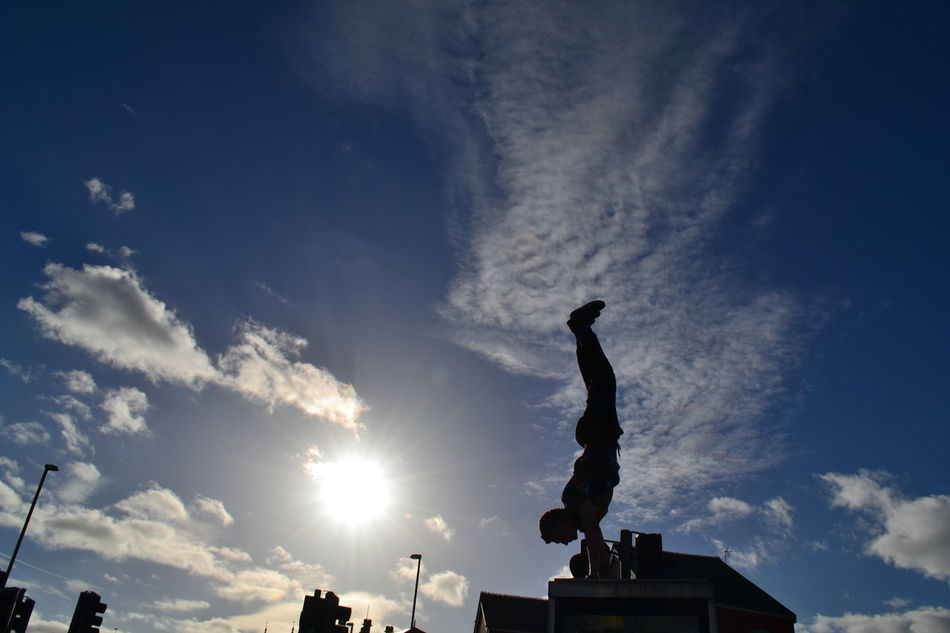 My Hobby handstand on top of a telephone box, why not? Check This Out Hanging Out That's Me Hello World Cheese! Hi! Taking Photos Enjoying Life Relaxing