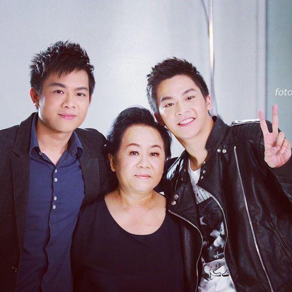 Đã đẹp trai, lại học giỏi, đóng phim hay, ăn nói có duyên-hài hước, biết lắng nghe và quan tâm người khác... CON NHÀ NGƯỜI TA, BẠN TRAI NGƯỜI TA, CÔNG DÂN NƯỚC NGƯỜI TA March Machchutavuth Phu Hormonestheserriesfilm gthonair gth thailand punpun's hotboy manly bangkok family goodboy theswimer handsome