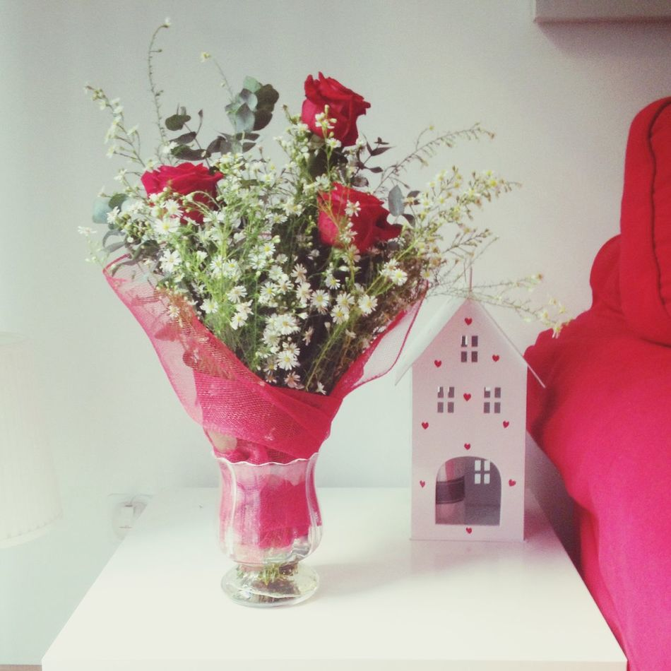 Roses Little Present Spring Love Home Truelove Roma Romantic Getlostinyou