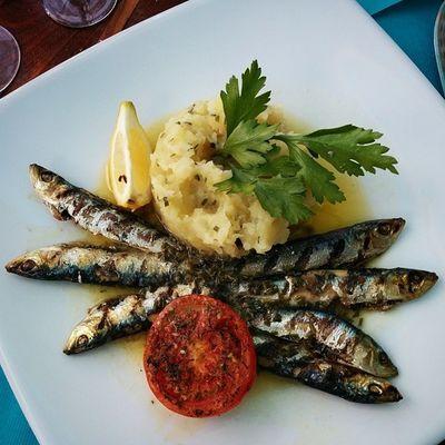 Super déjeuner à la Potinière devant la mer à Noirmoutier . Nickel pour attaquer le bateau ! Plusfort Travel