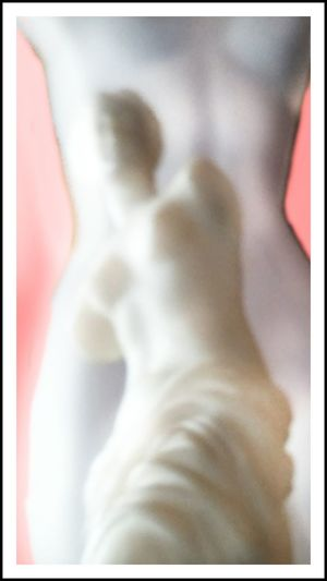 Showcase: January - Venus and the mannequin No. 3. Artofvisuals Light And Shadow Vibrance Close-up Artistic Photo ArtInMyLife Art Photography ArtWork Artistic Expression Art Museum Pink Color Abstract Statuette Statues/sculptures Venus De Milo Art Yourself Millennial Pink Art Is Everywhere