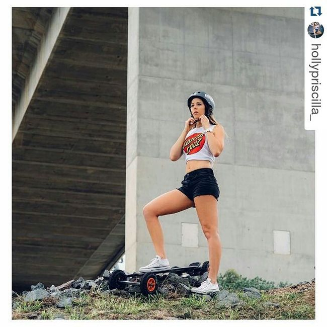 Repost from @hollypriscilla_ of our recent photoshoot and the time of my first skateboard experience thank you @hollypriscilla_ ・・・ Ready for this weekend's adventures! Carbon AT @evolveskateboards 📷 @jkdimagery 💄 @morganleighmua Sayyestoadventure Evolveskateboards Carbon Allterrain Heyweekend HappyFriday