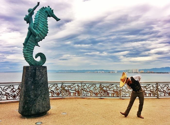 Dancing Around The World Puertovallarta Rivieranayarit Folklormexicano #mariachi