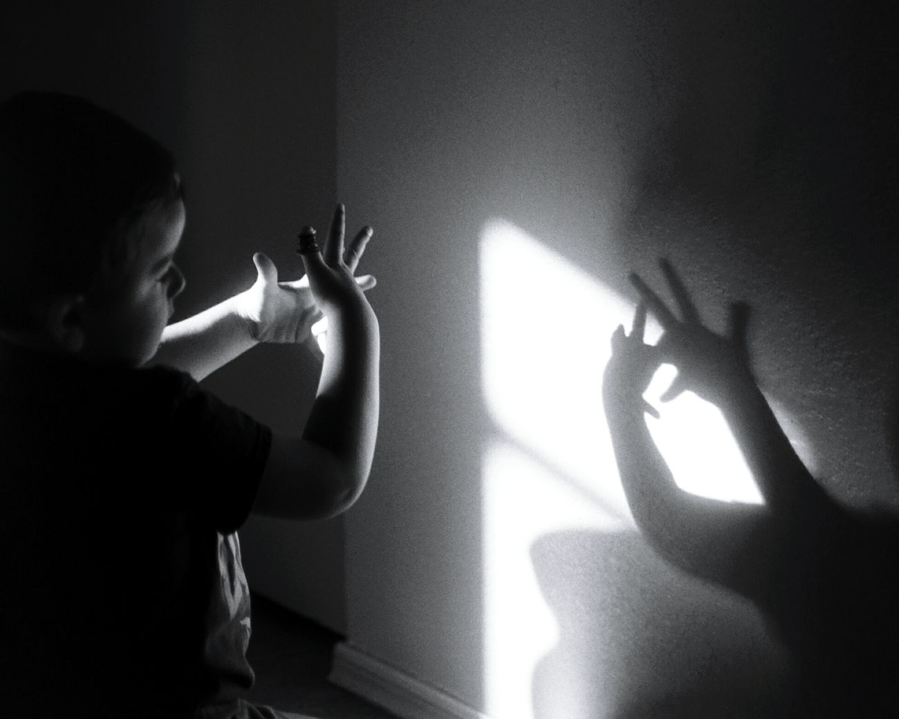 Boy Playing Shadow Fingers Shadow Shadow Finger Black And White Black And White Photography A Lone