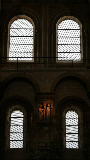 Vitraux de Pierre Soulages de l' Abbatiale de Conques - Art Religious Art Soulages Stained Glass Stained Glass Window Religious  Religion Architecture Church Churchporn Aveyron Architecture