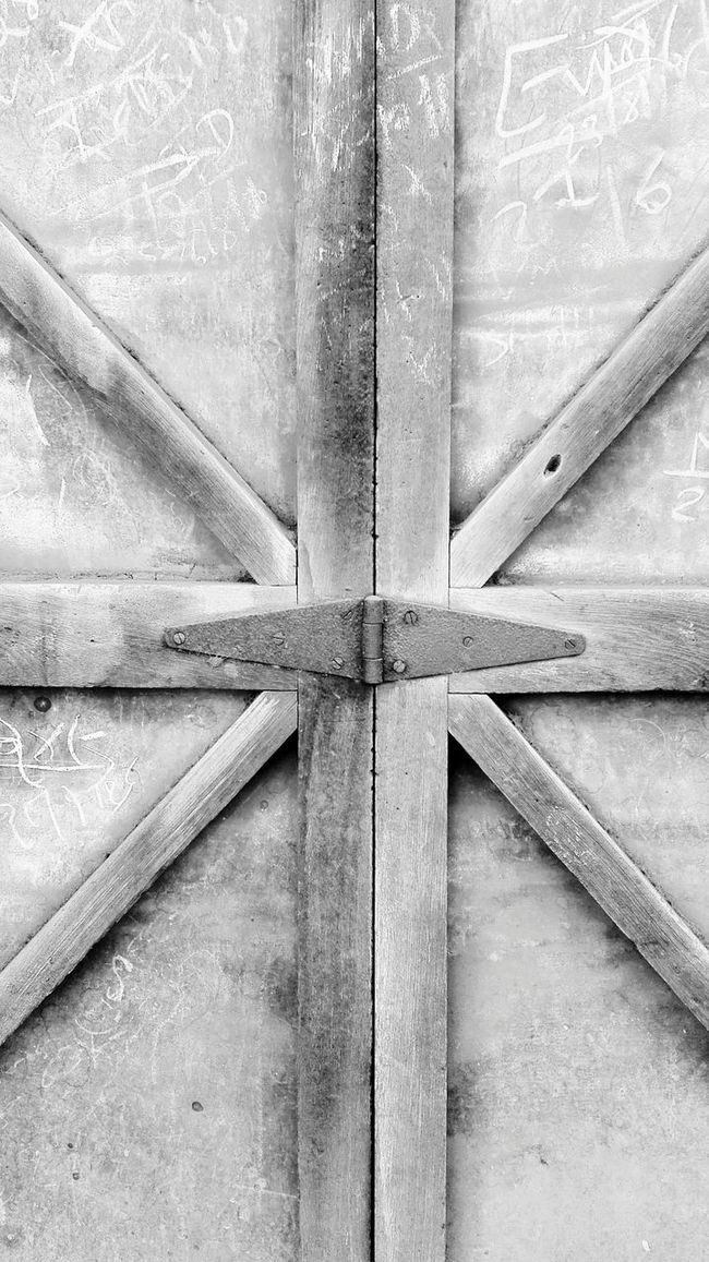 Check This Out Mobile Photography Random Shots Doors Vintage