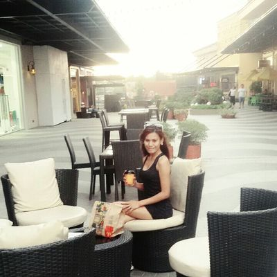 evia..vista land philippines Getting In Touch People Watching Relaxing The Human Condition Streetphoto_color The Places I've Been Today Model Taking Photos Natural Beauty Streetphotography
