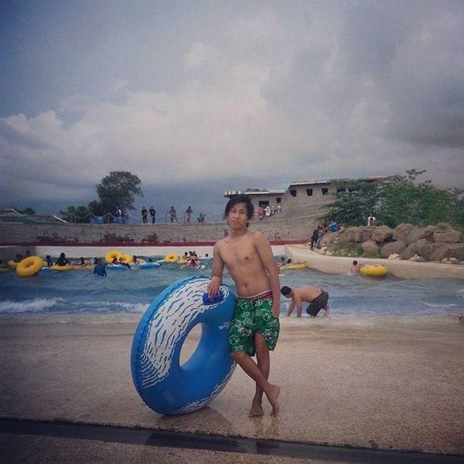 Bugiswaterpark KolamOmbak WeekendFamily Latepost Waterboom Wahanabaru Liburanasik Makassarbisatongji Makassar