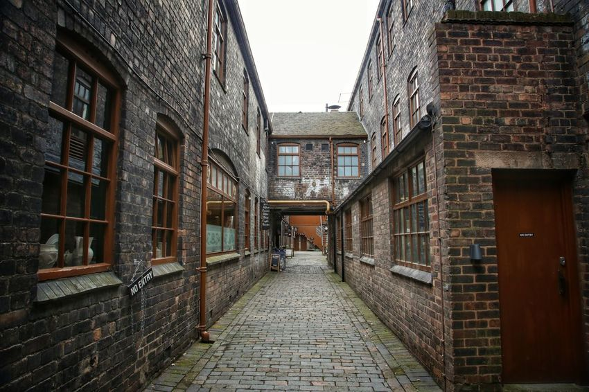 Middleport Pottery Architecture Brick Wall Building Exterior Built Structure Day Middleport Pottery No People Outdoors Sky The Way Forward Window
