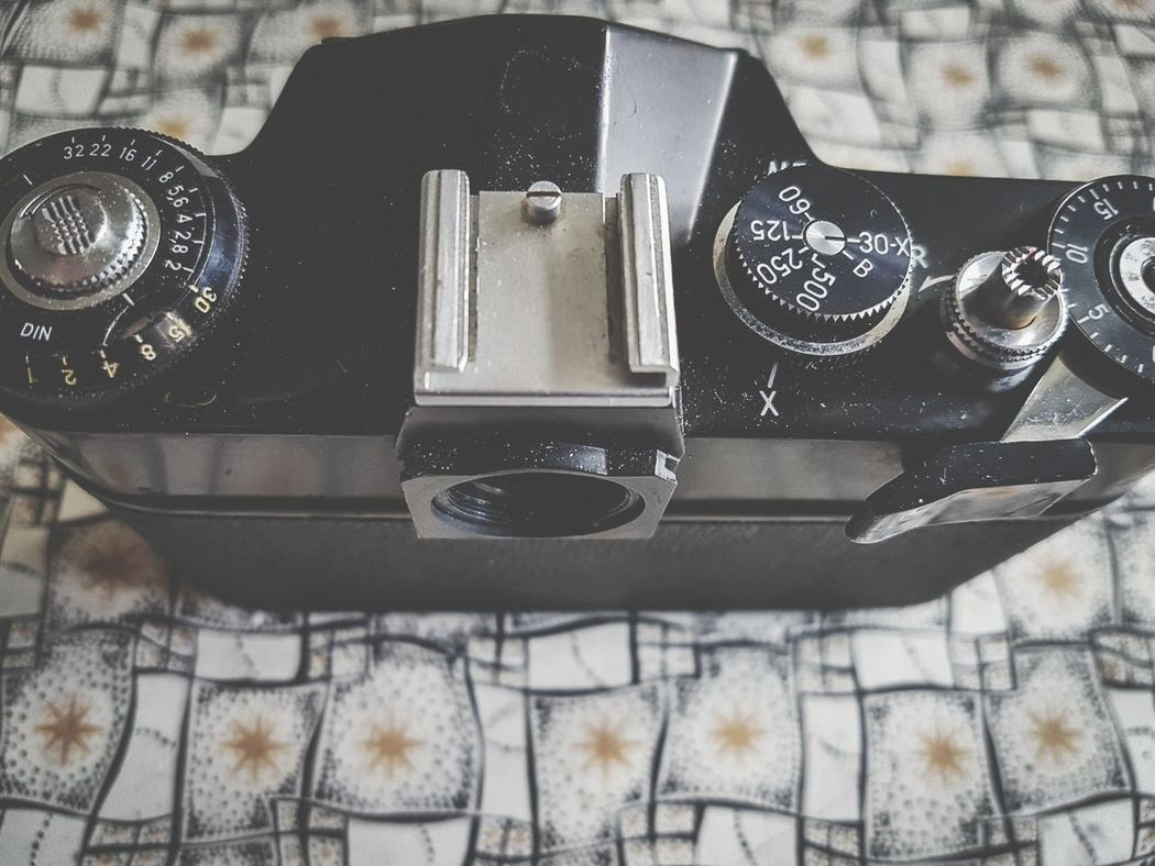 Camera - Photographic Equipment No People Indoors  Close-up Technology Photography Themes Day Still Life Composition Photography SLR Camera SLR Old School Vintage Cameras Cameras Of EyeEm Camera Appliance Vintage Camera Machinery Vintage Photo Indoors  Vintage Stars Textures And Surfaces Dials