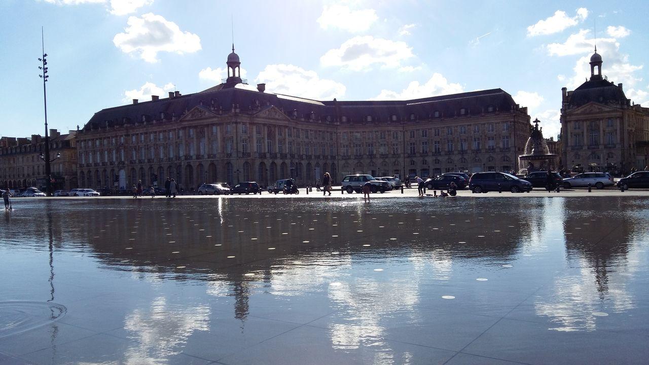 Bordeaux Miroir D'eau Place De La Bourse Reflection Sky Water Horizontal Architecture Cloud - Sky No People France Adapted To The City